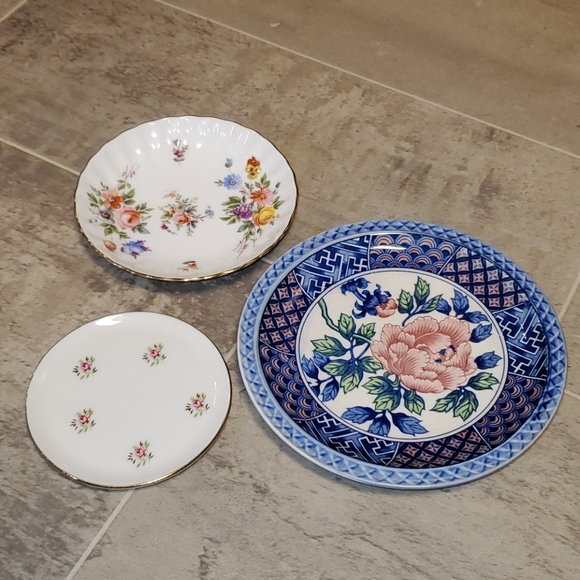 GUC Vintage Set of 3 China Dishes